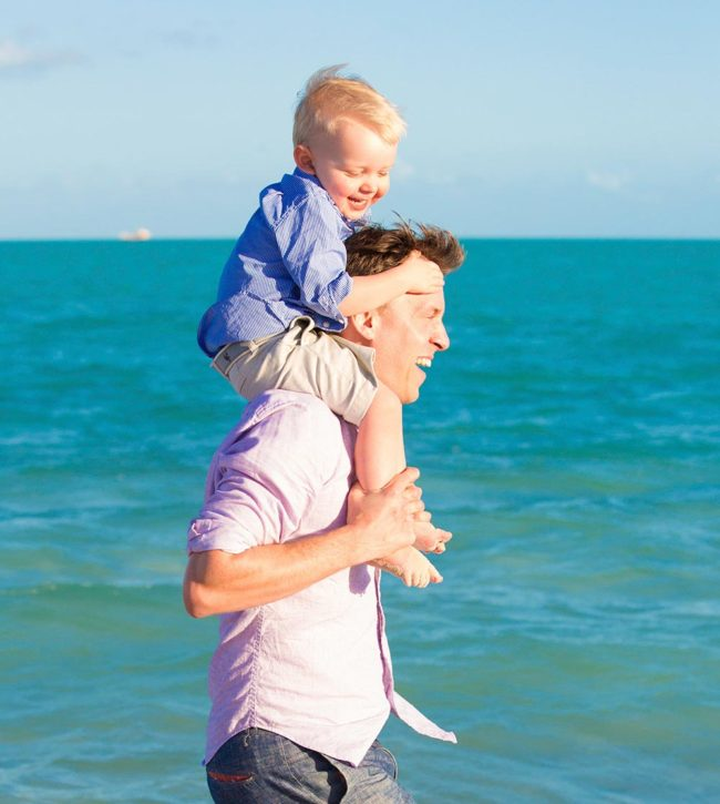 Paradise-Photography-family-photography-secluded-beach
