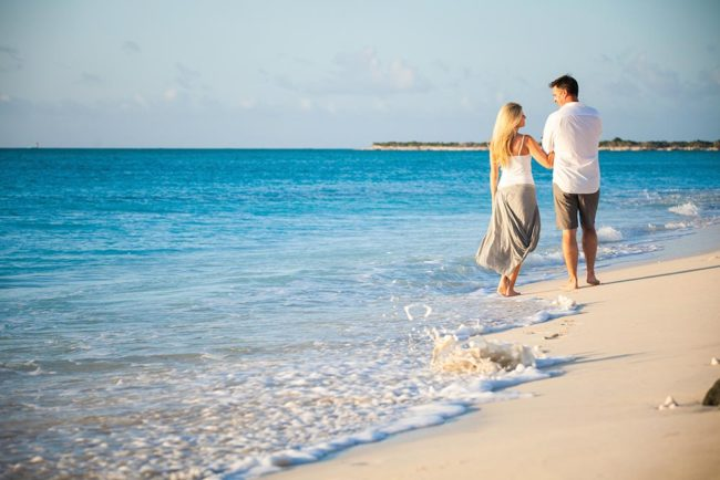 Turks-and-Caicos-elopement-photography