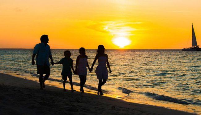 photography-turks-and-caicos-beach-family-photos-sunset