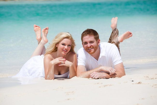 photography-turks-and-caicos-elopement-secluded-beach