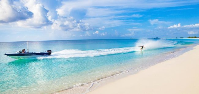 turks-and-caicos-barefoot-water-skiing